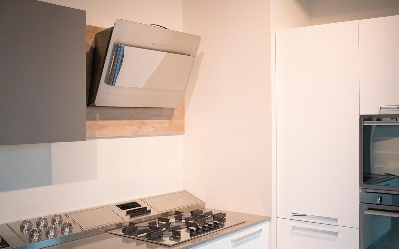 articolo cucina bianca - cappa di design 2 - Pensarecasa