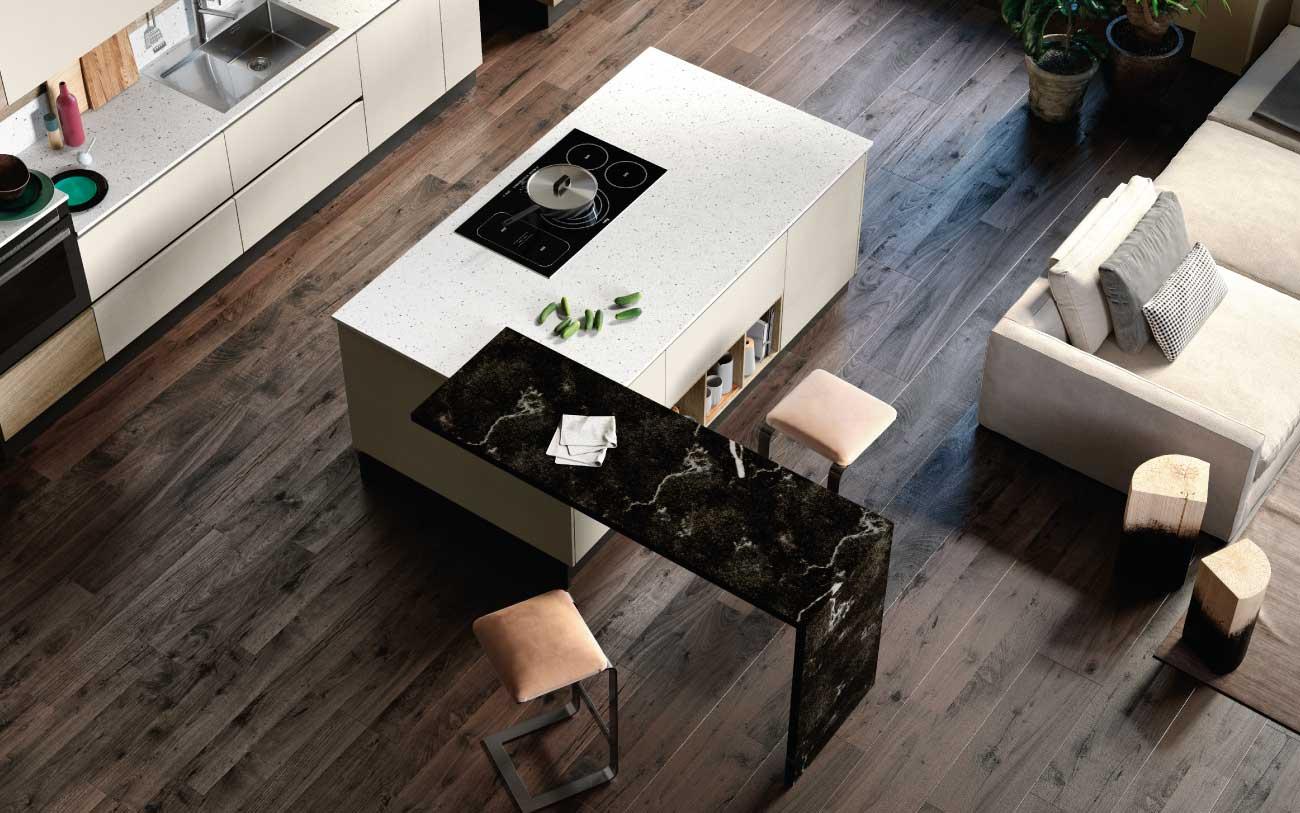 Open space con cucina moderna con isola