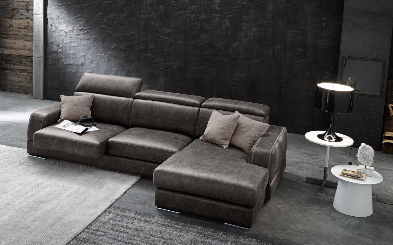 GREGORY - divano in similpelle con chaise longue sedute estraibili