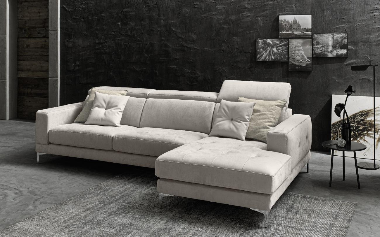 RICCARDO divano in similpelle chaise longue particolare1