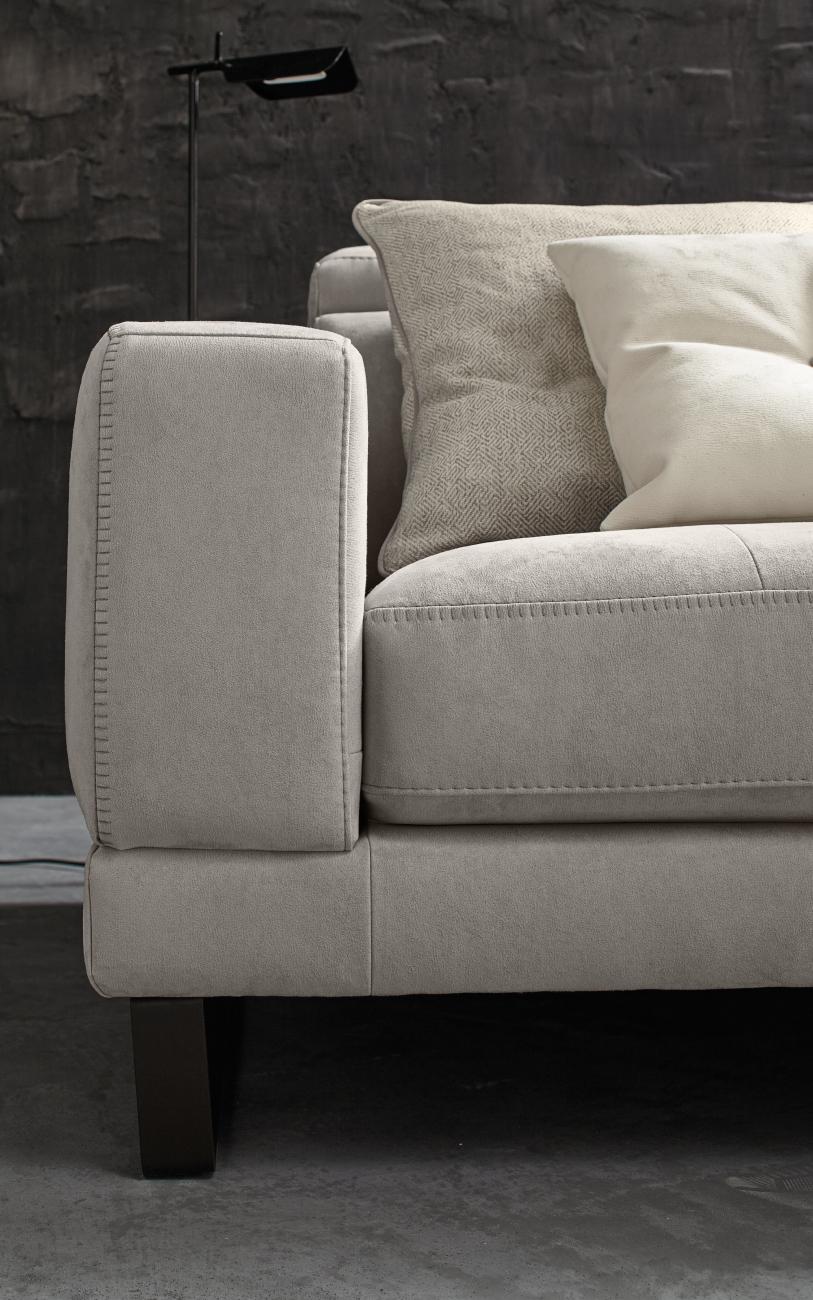 RICCARDO divano in similpelle chaise longue particolare2